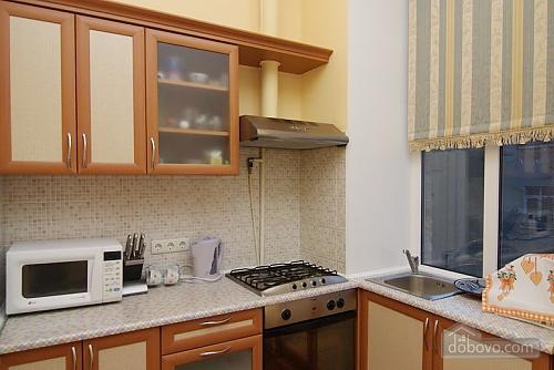 16 Малая Житомирская, 2х-комнатная (32369), 009