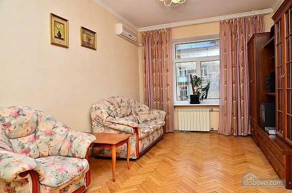 Уютная квартира на Крещатике, 2х-комнатная (85016), 002