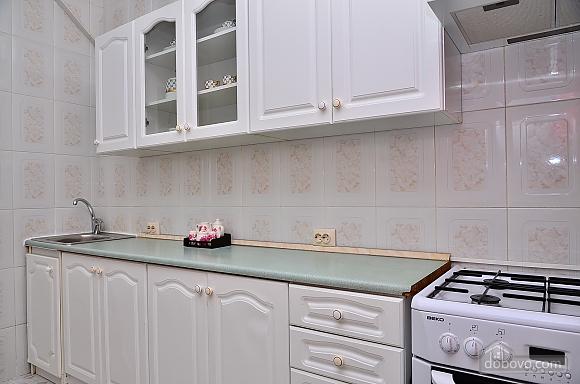 Уютная квартира на Крещатике, 2х-комнатная (85016), 010