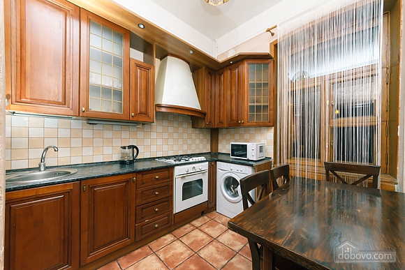 Apartment in the center of Kyiv, Three Bedroom (53476), 016