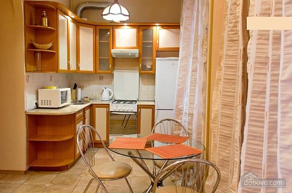 Затишні апартаменти, 2-кімнатна (12613), 011