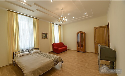 Apartment with 3 bathrooms, Due Camere (91212), 001