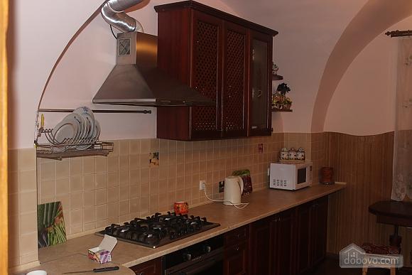 Apartment in the center of Lviv, Two Bedroom (97605), 013