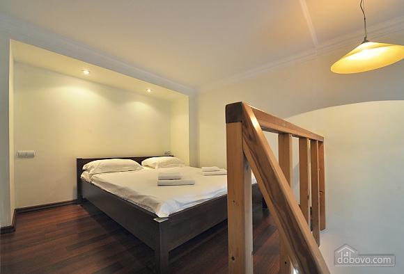 Квартира на центральній вулиці Одеси, 1-кімнатна (12802), 001