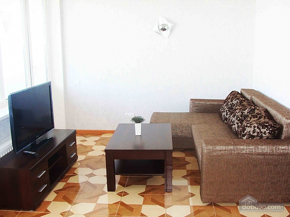 Квартира полулюкс, 2х-комнатная (98230), 002