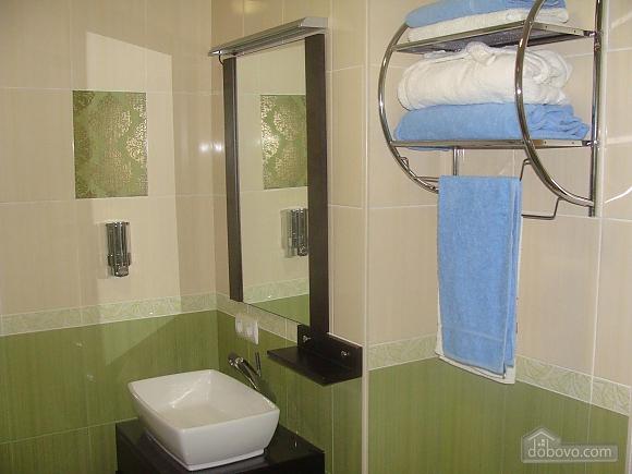 Квартира полулюкс, 2х-комнатная (98230), 007
