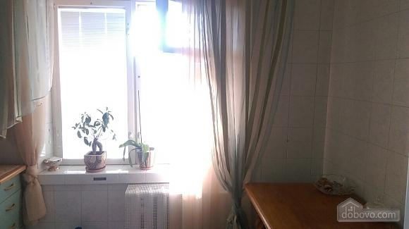 Уютная квартира на Лукьяновке, 2х-комнатная (86663), 004