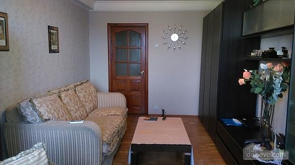 Уютная квартира на Лукьяновке, 2х-комнатная (86663), 006