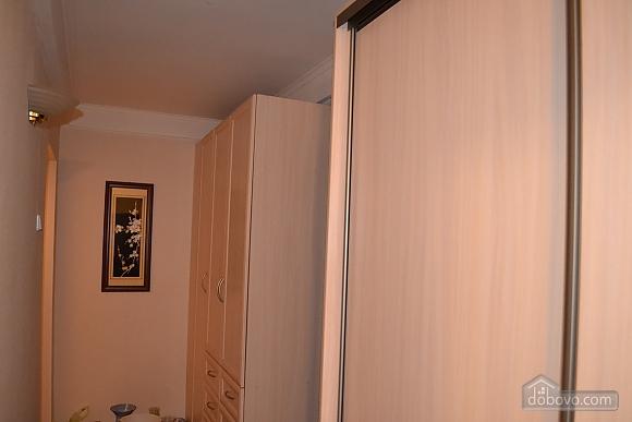 Уютная квартира на Лукьяновке, 2х-комнатная (86663), 008