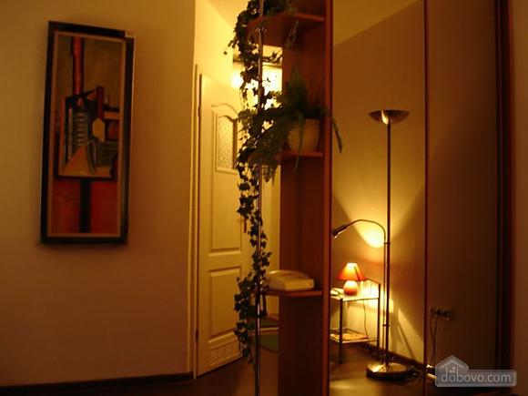 Apartment near Vokzalna metro station, Studio (94302), 005