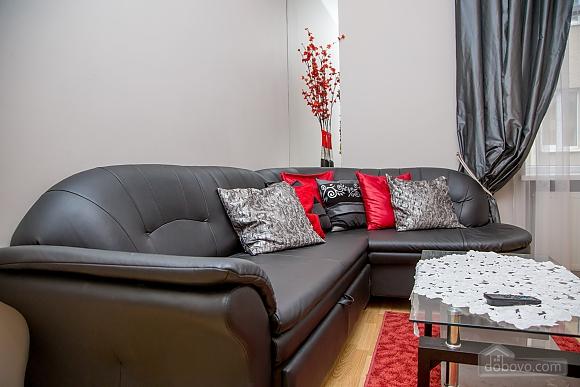 Апартаменти в пару хвилинах від Оперного театру, 2-кімнатна (26673), 013