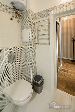 Modern street view studio apartment with balcony and shower, Monolocale (85304), 012