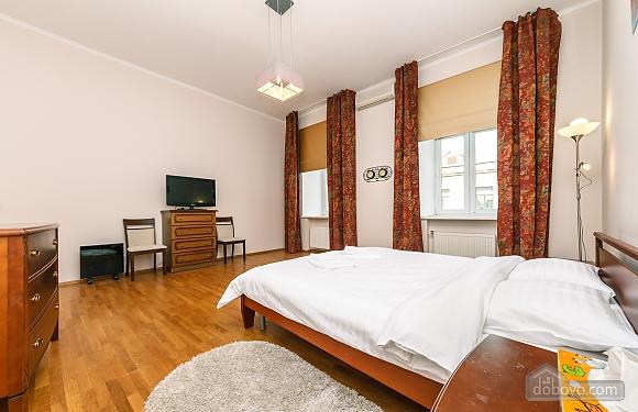Квартира VIP рівня в самому центрі Києва, 3-кімнатна (80139), 001