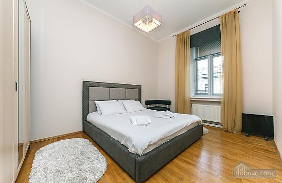 Квартира VIP уровня в самом центре Киева, 3х-комнатная (80139), 003