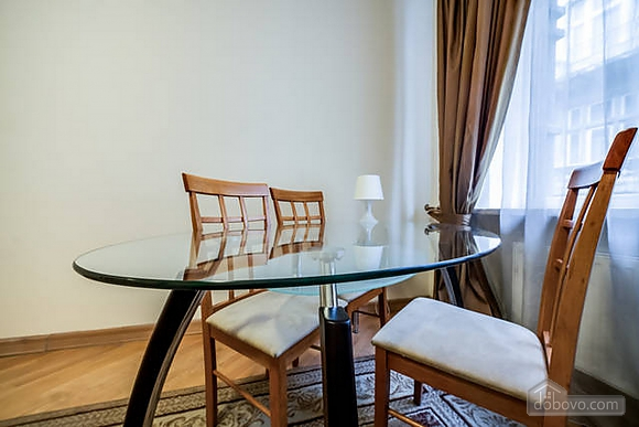 Apartment in the historical centre, Two Bedroom (93210), 002