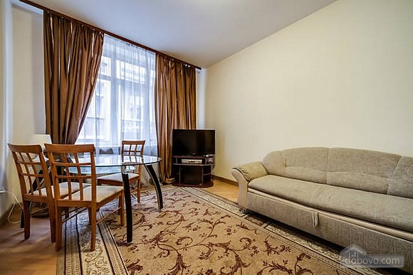 Apartment in the historical centre, Two Bedroom (93210), 001