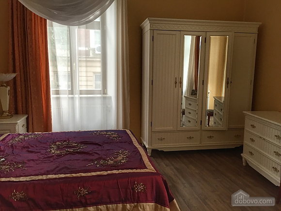 Елітна квартира в самому центрі, 2-кімнатна (59310), 013