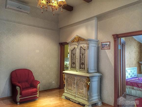 Елітна квартира в самому центрі, 2-кімнатна (59310), 009