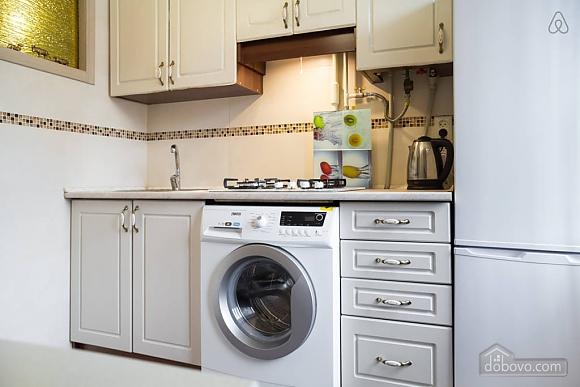 Apartment with designer renovation, Studio (81548), 015