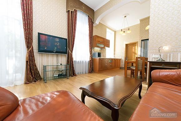 Шикарная квартира, 2х-комнатная (20259), 002