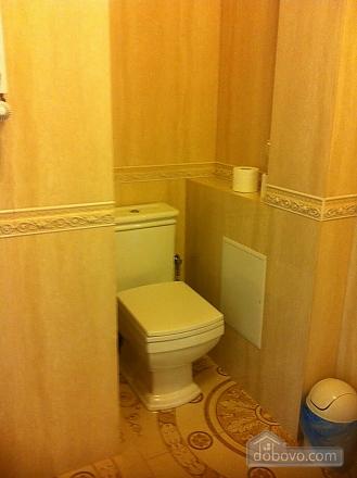 Просторные апартаменты, 2х-комнатная (81229), 005