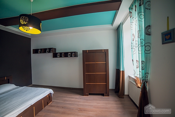 Apartment near to St.Andrew's church, Trois chambres (61925), 005