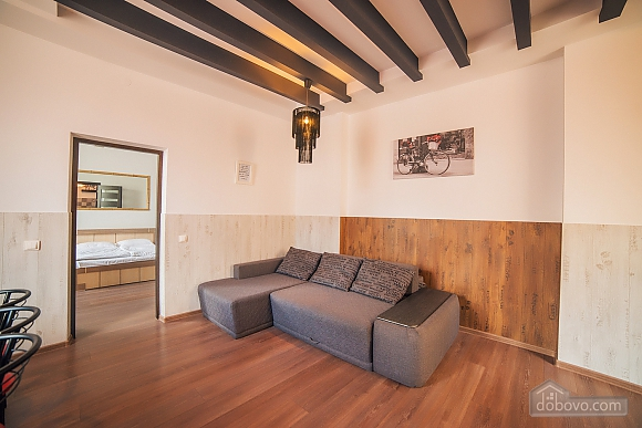 Apartment near to St.Andrew's church, Trois chambres (61925), 030