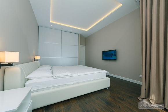 Apartment in white colors, One Bedroom (32037), 004