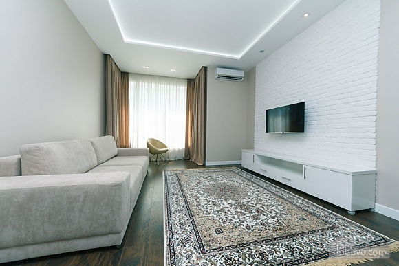 Apartment in white colors, One Bedroom (32037), 007