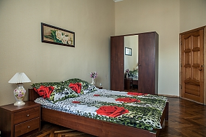 Apartment near to Soborna square, One Bedroom, 003