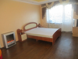 Spacious apartment in Cherkassy, Studio, 001
