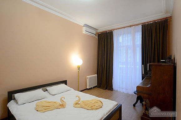 Видова квартира на Хрещатику, 2-кімнатна (36209), 004