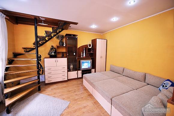 Duplex apartment in the center, Trois chambres (96784), 009