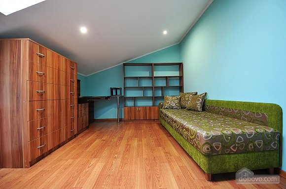 Duplex apartment in the center, Trois chambres (96784), 018