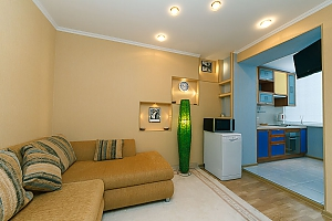 Квартира в центре, 2х-комнатная, 004
