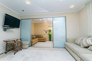 Квартира в центре, 2х-комнатная, 011