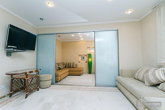 Apartment in the center, Una Camera (57687), 011