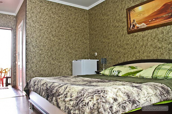 Standard double suite with balcony and view of mountain, Monolocale (33450), 002