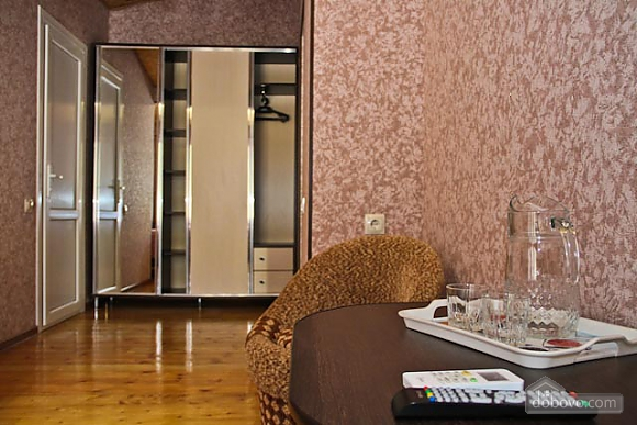 Standard double suite with 1 bed and view of the mountain, Studio (68279), 002