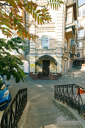 Apartment with second floor in the center, Due Camere (51494), 004
