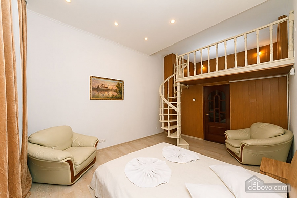 Apartment with second floor in the center, Due Camere (51494), 013