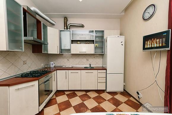 Велика квартира на Бесарабській площі, 3-кімнатна (36197), 006