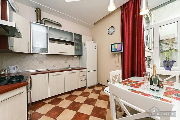 Велика квартира на Бесарабській площі, 3-кімнатна (36197), 007