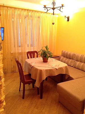 Apartment in warm colors, Dreizimmerwohnung, 004