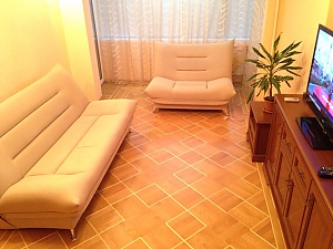 Apartment in warm colors, Due Camere, 001