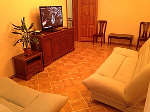 Apartment in warm colors, Due Camere, 003