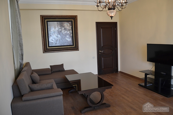 Квартира люкс класса, 2х-комнатная (51213), 001
