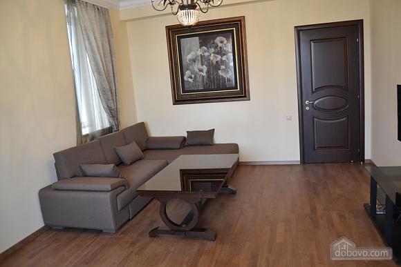 Квартира люкс класса, 2х-комнатная (51213), 004