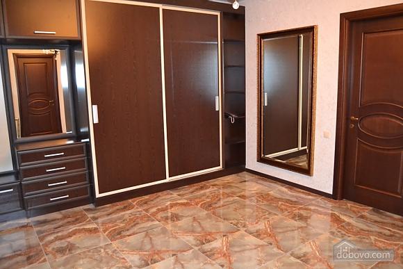 Квартира люкс класса, 2х-комнатная (51213), 006