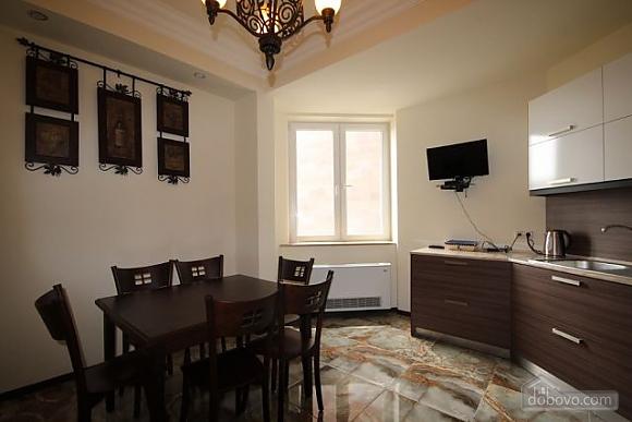 Квартира люкс класса, 2х-комнатная (51213), 011